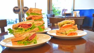 漫畫裡跳出來的! 巨人級特大號三明治名店「QINO's Manhattan New York」的3道必點美食
