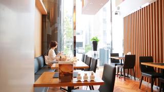 お粥専門店「カユ・デ・ロワ」で低カロリーで体に優しい朝食