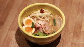 米其林上榜常客拉麵店進駐京橋!「SORANOIRO 豚骨&鮮菇」