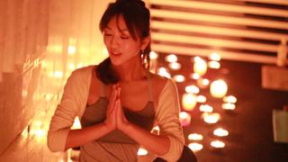引起話題的「蠟燭瑜珈」是什麼呢?以課程影片來介紹給您♪