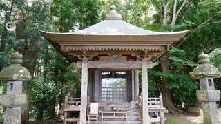 高館義経堂(奥州平泉)