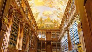 ストラホフ修道院図書館(チェコ・プラハ)