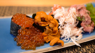 地魚の旬を食べ尽くす。遊び心と技が光る鮨料理を「たてやま旬鮨 海の花」で堪能