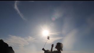 """夏にぴったりのスポット!""""海と夕日""""の幻想的なコラボレーションを堪能"""