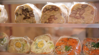 【閉店】新鮮野菜たっぷり。「POTASTA」の目でも味わうグラデーションサンド