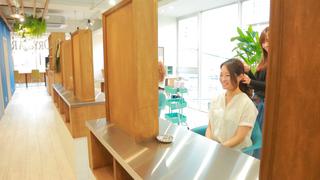 福岡女子の綺麗の味方♡NY発のヘアアレンジ専門店「BLOW DRY BAR 今泉店」