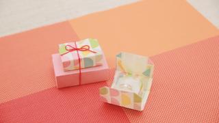 オトナかわいい! 折り紙を使ったギフトボックスの作り方