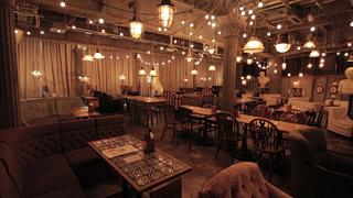 超プリンセス気分!「and people神南」は キャンドルが輝くロマンチックカフェ