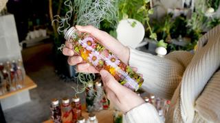 閉じ込められた草花の世界。ハーバリウムが魅力的な観葉植物専門店「KIYOU KAWASHIMA」