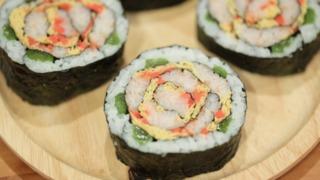 パーティーを彩る簡単レシピ「デコ巻き寿司教室 なないろロール」