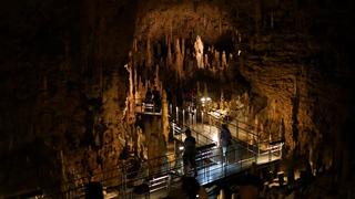 沖縄で楽しめる国内最大級の鍾乳洞「玉泉洞」を見に行こう!