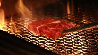 都内最大級! 唯一無二の薪火料理が味わえる「天香回味 HUTAN 新宿三丁目店」