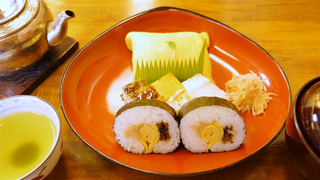 老舗大阪鮓専門店!東京・四谷「八竹」でいただく、大切な人へのお土産にしたい絶品寿司