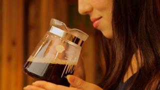 在「星野集團 RISONARE 熱海」的森林中體驗咖啡烘焙