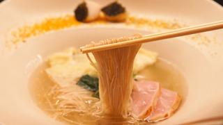 国産食材にこだわったラーメン!格別の自家製粉麺が自慢の護国寺「MENSHO」