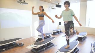 サーフィンの動きでダイエットから姿勢改善まで!「Surf fit Studio」のエクササイズ