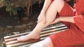 脚のむくみを1分で解消!お風呂でできる簡単なマッサージ方法