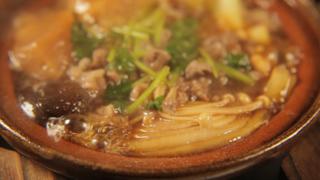 東京で現代風江戸蕎麦を味わう。黒塀が囲む向島の蕎麦屋「向島七福すずめの御宿」