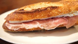 材料は4つだけ。「本当のフランスパン」が味わえる阿佐ヶ谷のベーカリー「SONKA」