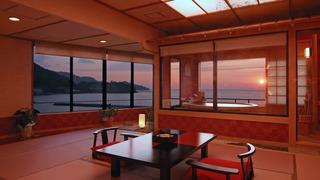 展望露天風呂から眺める駿河湾の景色は圧巻!伊豆の名湯を堪能