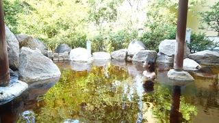 大人のための温泉施設「バーデと天然温泉 豊島園 庭の湯」