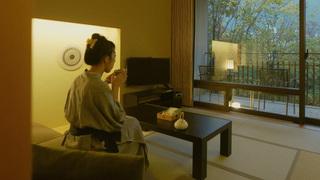 48室すべてが民藝に彩られた豪華客室の「星野リゾート 界 鬼怒川」