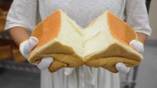 毎日1,000本以上を焼き上げる!魔法の生食パン「乃が美 はなれ たまプラーザ店」