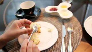 【スコーンの食べ方】アフタヌーンティーでの正しいマナー