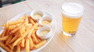 吉祥寺のビア・ビストロ「クラフト&ロマンス」で50種の中から食べるべきお料理は?