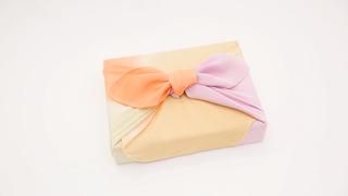 簡單的禮物與便當也可以用風呂敷包裝!基本的包裝方法「禮盒包法」
