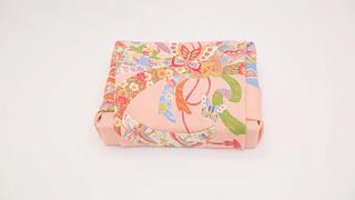 風呂敷包みでギフトやお歳暮を格上げする「平包み」包み方