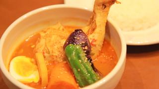 吃咖哩養顏美容!模特兒和設計師也來常光顧的湯咖哩專賣店「SHANTi 原宿店」