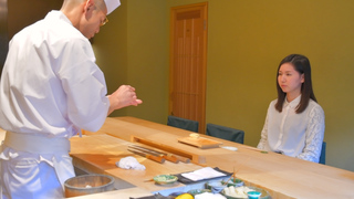 用手吃? 還是用筷子吃? 品味高尚女性不能不知道的壽司正統品嚐方式
