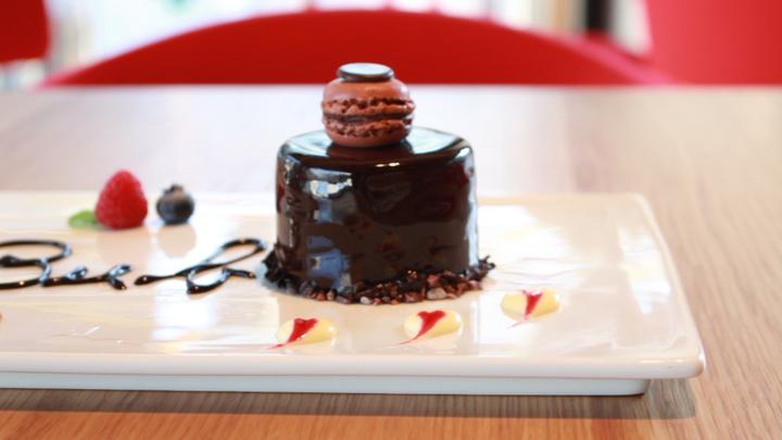 ルトロン世界一のチョコケーキ、来日!表参道のパティスリー「ブボ バルセロナ」