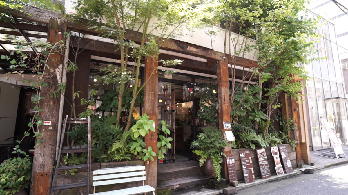 cafe ゆう 福岡天神店