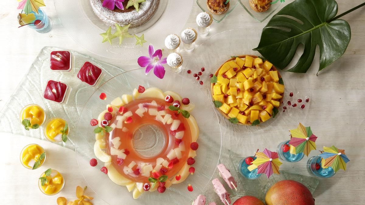 ナイトスイーツブッフェ「Sweets Parade」~桃とマンゴー~