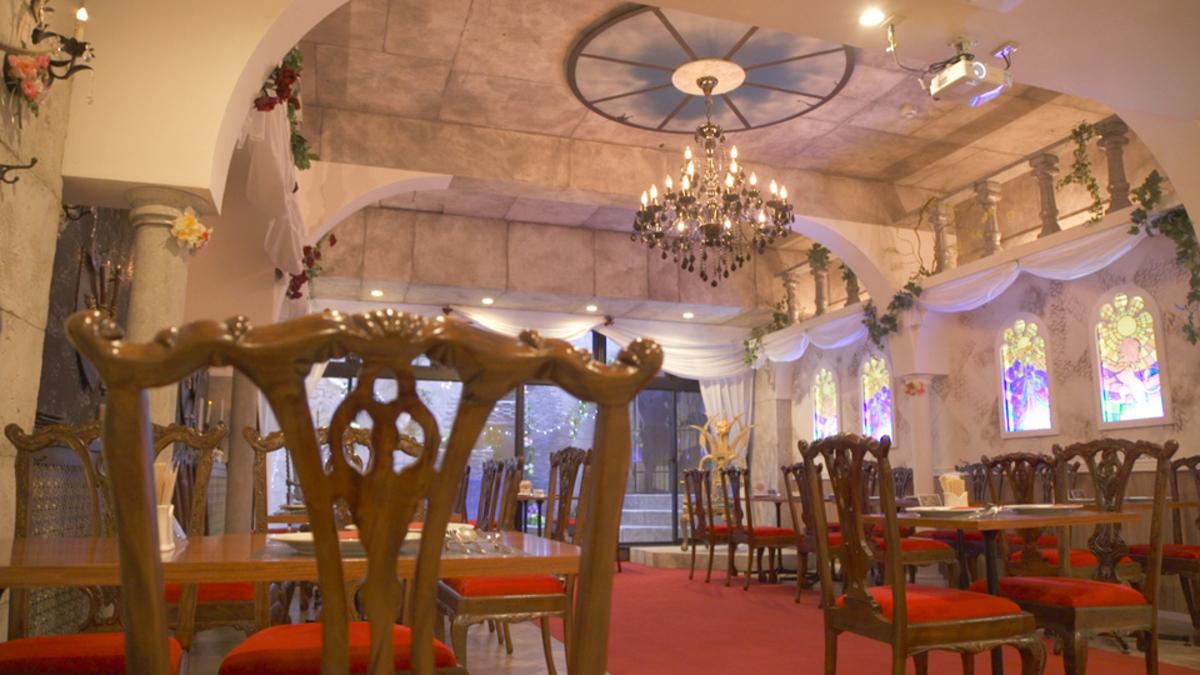 美女と野獣のカフェ&レストラン Beauty & the Beast